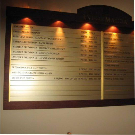 tablica informacyjna podswietlana urzad bydgoszcz