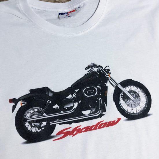 nadruk na koszulkach motocykle